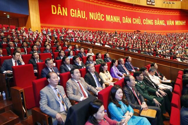Cận cảnh phiên thảo luận các văn kiện Đại hội XIII của Đảng ảnh 28