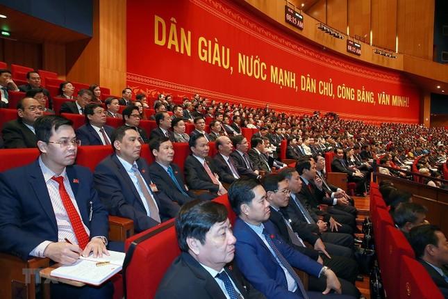 Cận cảnh phiên thảo luận các văn kiện Đại hội XIII của Đảng ảnh 31