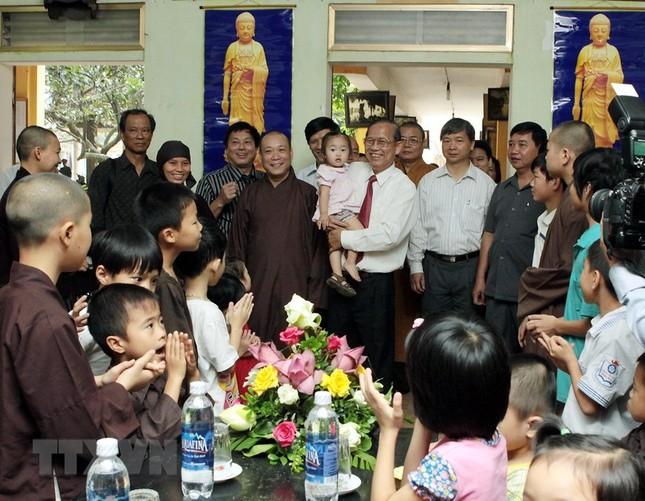 Ông Trương Vĩnh Trọng - tấm gương sáng cho mỗi cán bộ, đảng viên ảnh 13