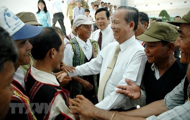 Ông Trương Vĩnh Trọng - tấm gương sáng cho mỗi cán bộ, đảng viên ảnh 7