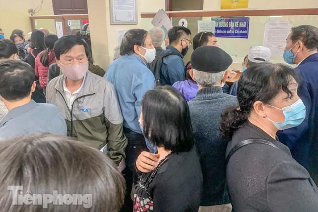 Hình ảnh người dân Thủ đô 'đua nước rút' xóa nợ tiền sử dụng đất ảnh 5