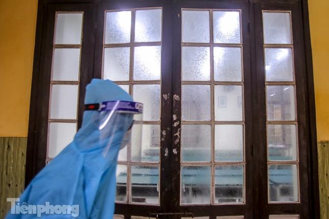 Đón học sinh trở lại, trường học ở Hà Nội trang bị phòng cách ly ảnh 27