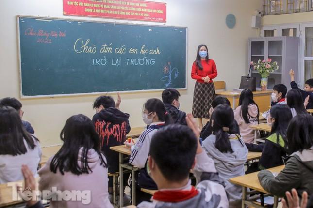 Sáng nay, hơn hai triệu học sinh Hà Nội trở lại trường ảnh 26