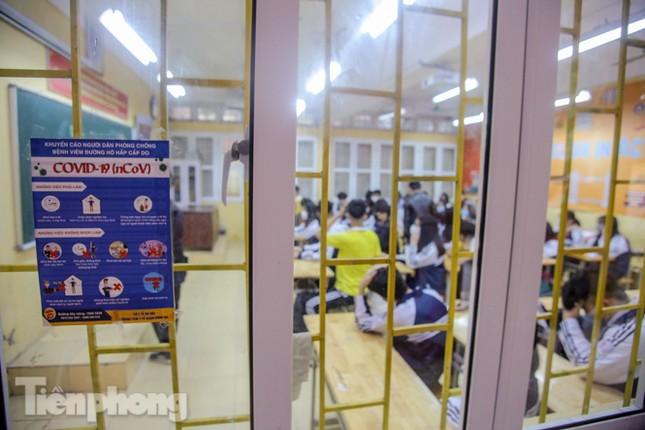 Sáng nay, hơn hai triệu học sinh Hà Nội trở lại trường ảnh 27