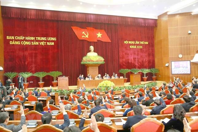 Toàn cảnh phiên khai mạc Hội nghị lần thứ hai BCH Trung ương Đảng khóa XIII ảnh 8