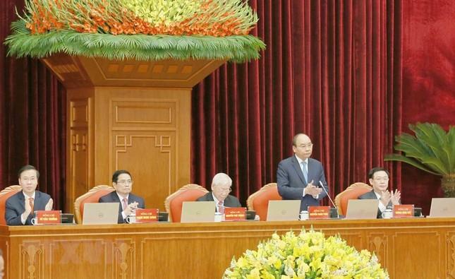 Toàn cảnh phiên khai mạc Hội nghị lần thứ hai BCH Trung ương Đảng khóa XIII ảnh 10