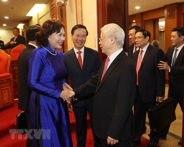 Toàn cảnh phiên khai mạc Hội nghị lần thứ hai BCH Trung ương Đảng khóa XIII ảnh 11
