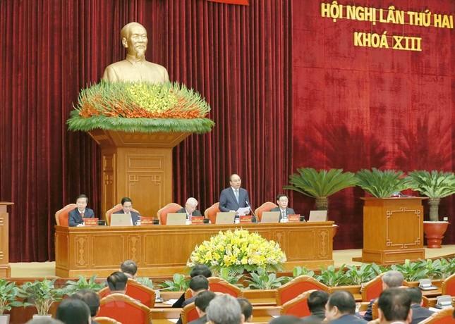 Toàn cảnh phiên khai mạc Hội nghị lần thứ hai BCH Trung ương Đảng khóa XIII ảnh 5