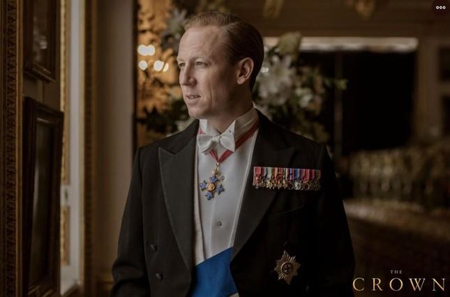 7 ngôi sao từng đóng vai Hoàng thân Philip trên màn ảnh ảnh 7