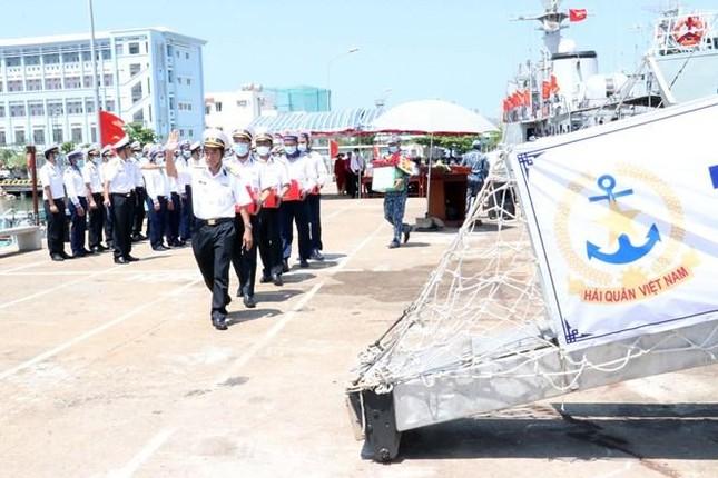 Tổ chức bầu cử sớm cho những người làm việc dài ngày trên biển ảnh 9