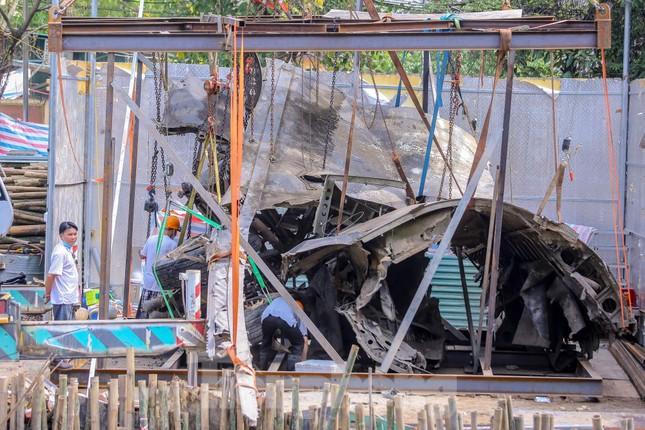 Xác máy bay B52 hồ Hữu Tiệp đã được trục vớt ảnh 4