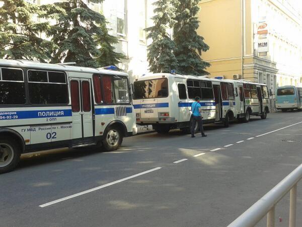 Hơn 35 triệu cử tri Ukraine bắt đầu bầu Tổng thống ảnh 6