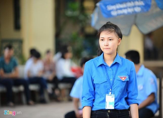 Dàn nữ sinh tình nguyện xinh đẹp của HV Hành chính ảnh 2