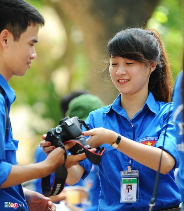 Dàn nữ sinh tình nguyện xinh đẹp của HV Hành chính ảnh 8