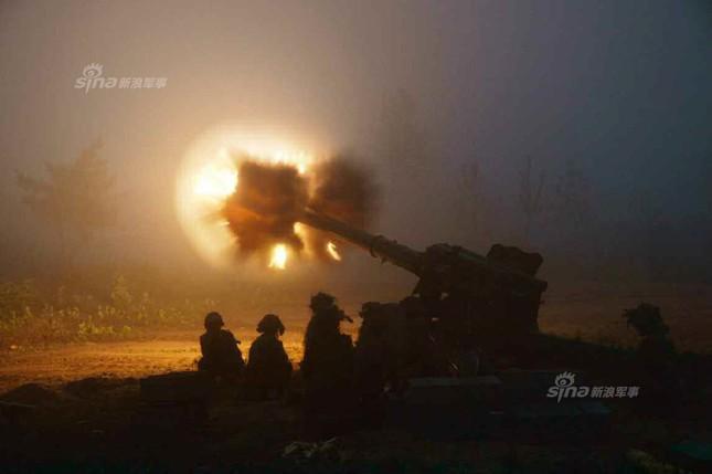 Pháo binh Triều Tiên đồng loạt khai hỏa trong đêm ảnh 5