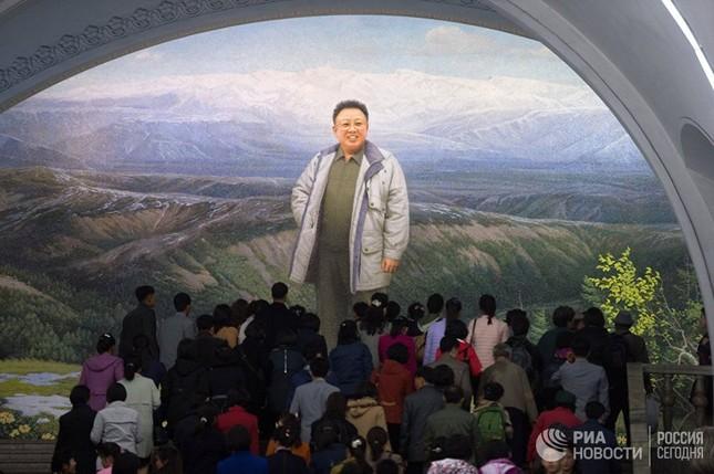 Người dân Triều Tiên bình thản giữa những cơn sóng dữ ảnh 7
