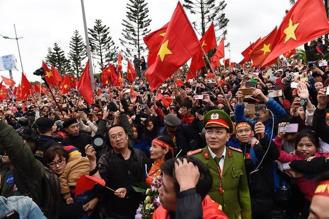 Thủ tướng: U23 Việt Nam đã vô địch trong 90 triệu con tim ảnh 95