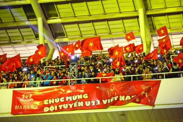 U23 Việt Nam hát 'Niềm tin chiến thắng' trên sân Mỹ Đình ảnh 8
