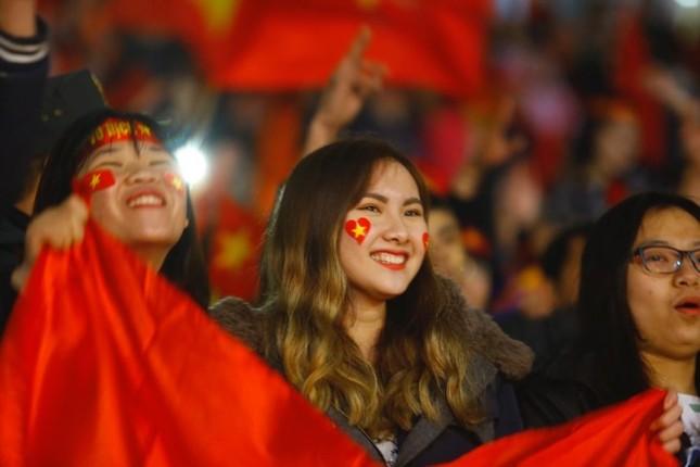 U23 Việt Nam hát 'Niềm tin chiến thắng' trên sân Mỹ Đình ảnh 9