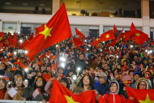U23 Việt Nam hát 'Niềm tin chiến thắng' trên sân Mỹ Đình ảnh 7
