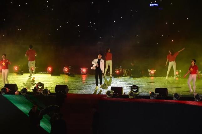 U23 Việt Nam hát 'Niềm tin chiến thắng' trên sân Mỹ Đình ảnh 14