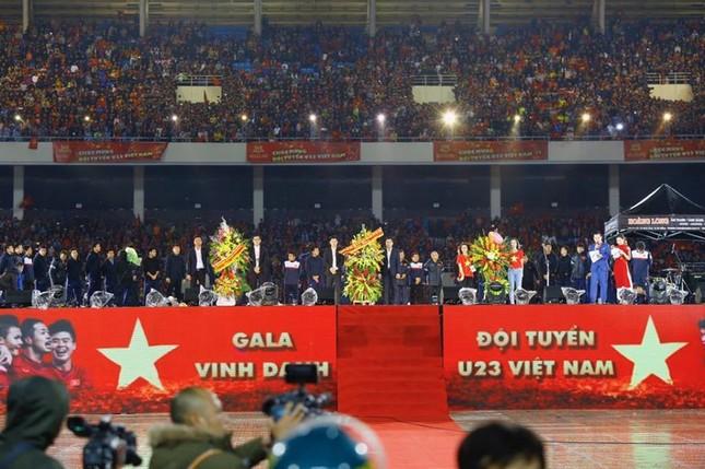 U23 Việt Nam hát 'Niềm tin chiến thắng' trên sân Mỹ Đình ảnh 21