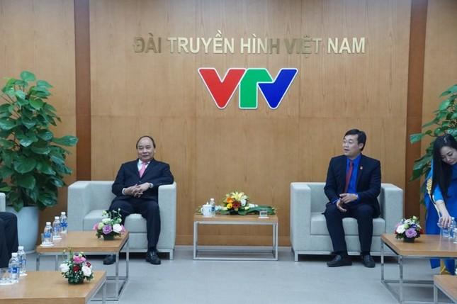 Thủ tướng trao giải thưởng Gương mặt trẻ Việt Nam tiêu biểu năm 2017 ảnh 8