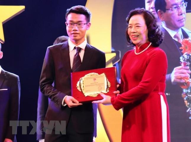 Đinh Quang Hiếu: Chàng trai vàng với những 'cú đúp' giải thưởng ảnh 1