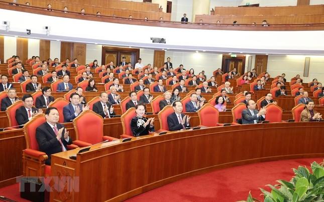 Hình ảnh Bế mạc Hội nghị lần 7 Ban Chấp hành Trung ương Đảng khóa XII ảnh 7