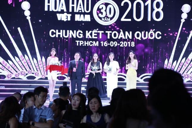 Cô gái 18 tuổi Trần Tiểu Vy đăng quang Hoa hậu Việt Nam 2018 ảnh 19
