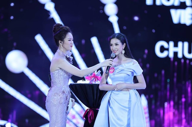 Cô gái 18 tuổi Trần Tiểu Vy đăng quang Hoa hậu Việt Nam 2018 ảnh 48