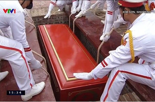 Chủ tịch nước Trần Đại Quang trở về đất mẹ ảnh 68