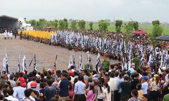 Chủ tịch nước Trần Đại Quang trở về đất mẹ ảnh 50