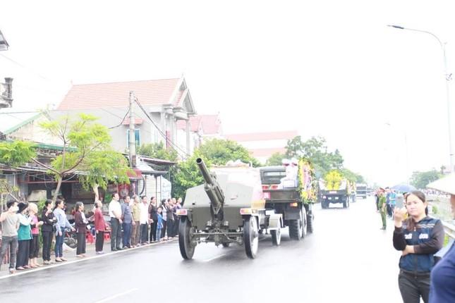 Chủ tịch nước Trần Đại Quang trở về đất mẹ ảnh 27