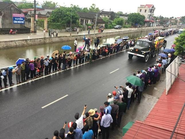 Chủ tịch nước Trần Đại Quang trở về đất mẹ ảnh 31