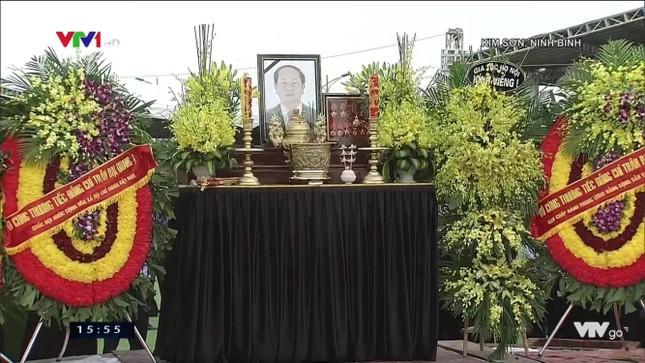 Chủ tịch nước Trần Đại Quang trở về đất mẹ ảnh 79