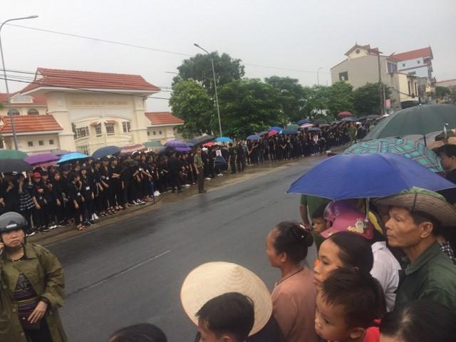Chủ tịch nước Trần Đại Quang trở về đất mẹ ảnh 20