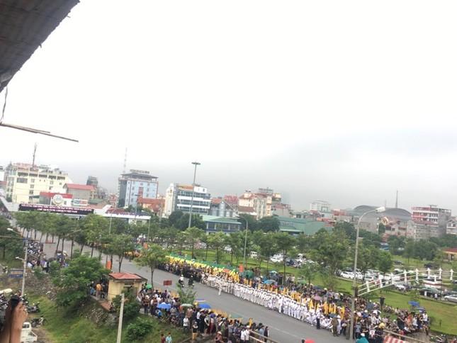 Chủ tịch nước Trần Đại Quang trở về đất mẹ ảnh 14