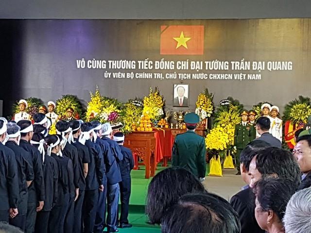 Chủ tịch nước Trần Đại Quang trở về đất mẹ ảnh 52