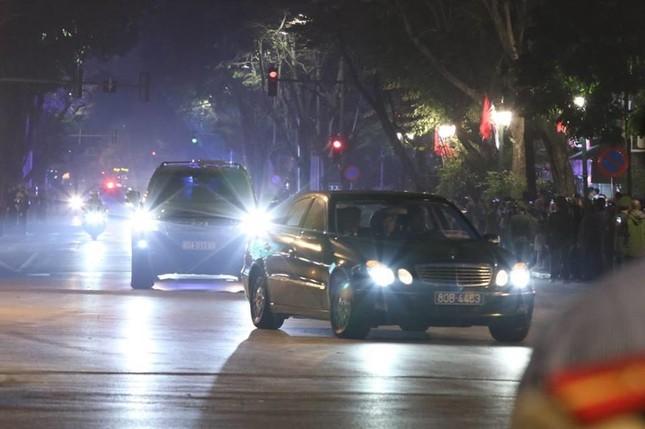 Bữa tối kết thúc, Tổng thống Trump và Chủ tịch Kim rời khách sạn Metropole ảnh 21