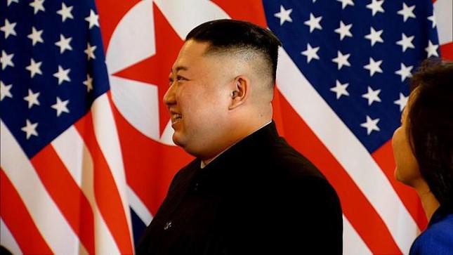Bữa tối kết thúc, Tổng thống Trump và Chủ tịch Kim rời khách sạn Metropole ảnh 27