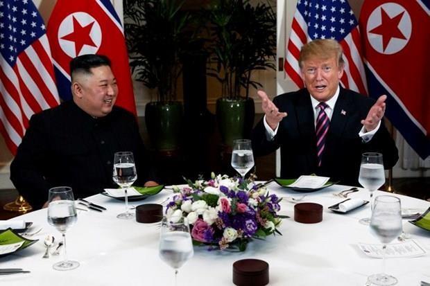 Bữa tối kết thúc, Tổng thống Trump và Chủ tịch Kim rời khách sạn Metropole ảnh 33