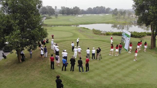 Ai là nhà vô địch Tiền Phong Golf Championship mùa thứ ba? ảnh 27