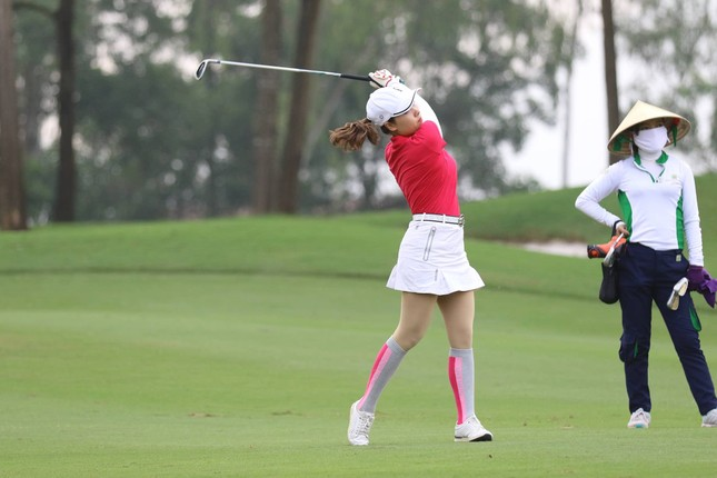 Ai là nhà vô địch Tiền Phong Golf Championship mùa thứ ba? ảnh 47