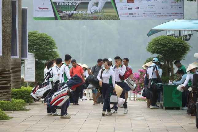 Ai là nhà vô địch Tiền Phong Golf Championship mùa thứ ba? ảnh 10