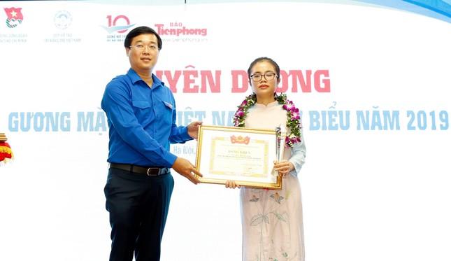 Tuyên dương 10 Gương mặt trẻ Việt Nam tiêu biểu năm 2019 ảnh 5