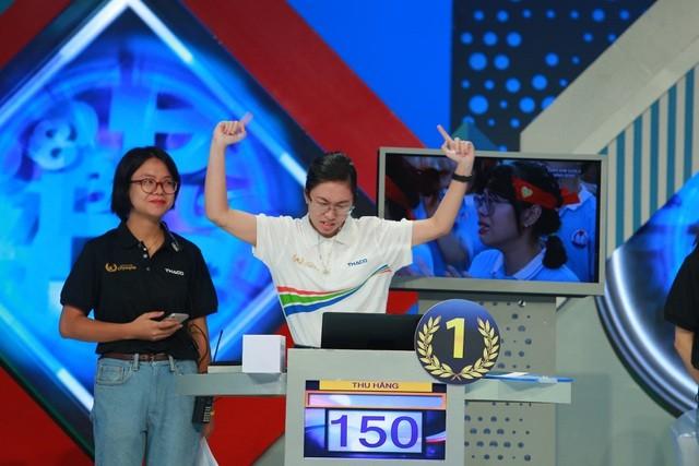 Nữ sinh Ninh Bình vô địch Đường lên đỉnh Olympia năm thứ 20 ảnh 35