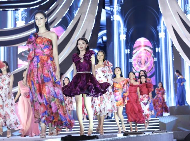 Công bố Top 5 Người đẹp Thời trang của Hoa hậu Việt Nam 2020 ảnh 29