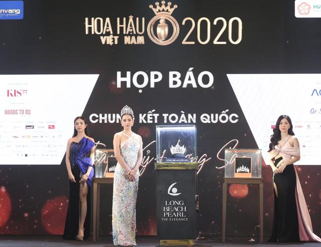 Truyền hình trực tiếp Chung kết toàn quốc Hoa hậu Việt Nam 2020 trên sóng VTV3 ảnh 47