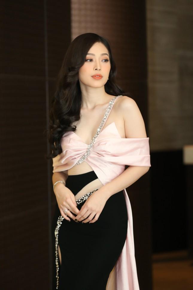 Truyền hình trực tiếp Chung kết toàn quốc Hoa hậu Việt Nam 2020 trên sóng VTV3 ảnh 17